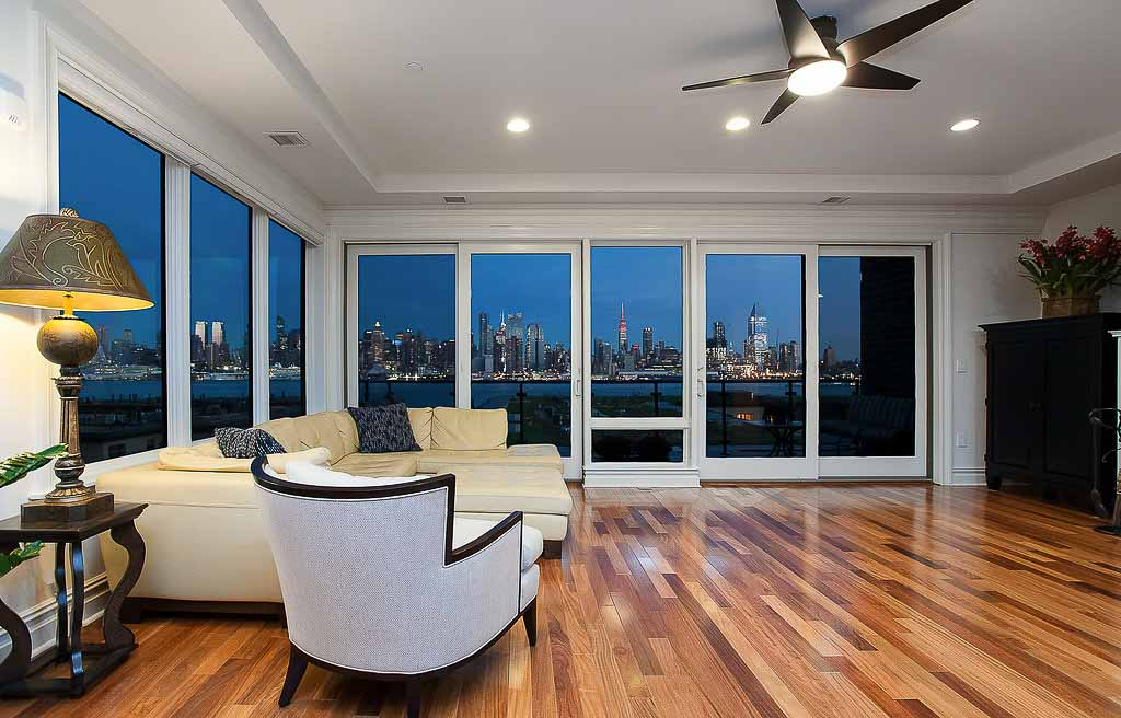 61 eton row weehawken living 2