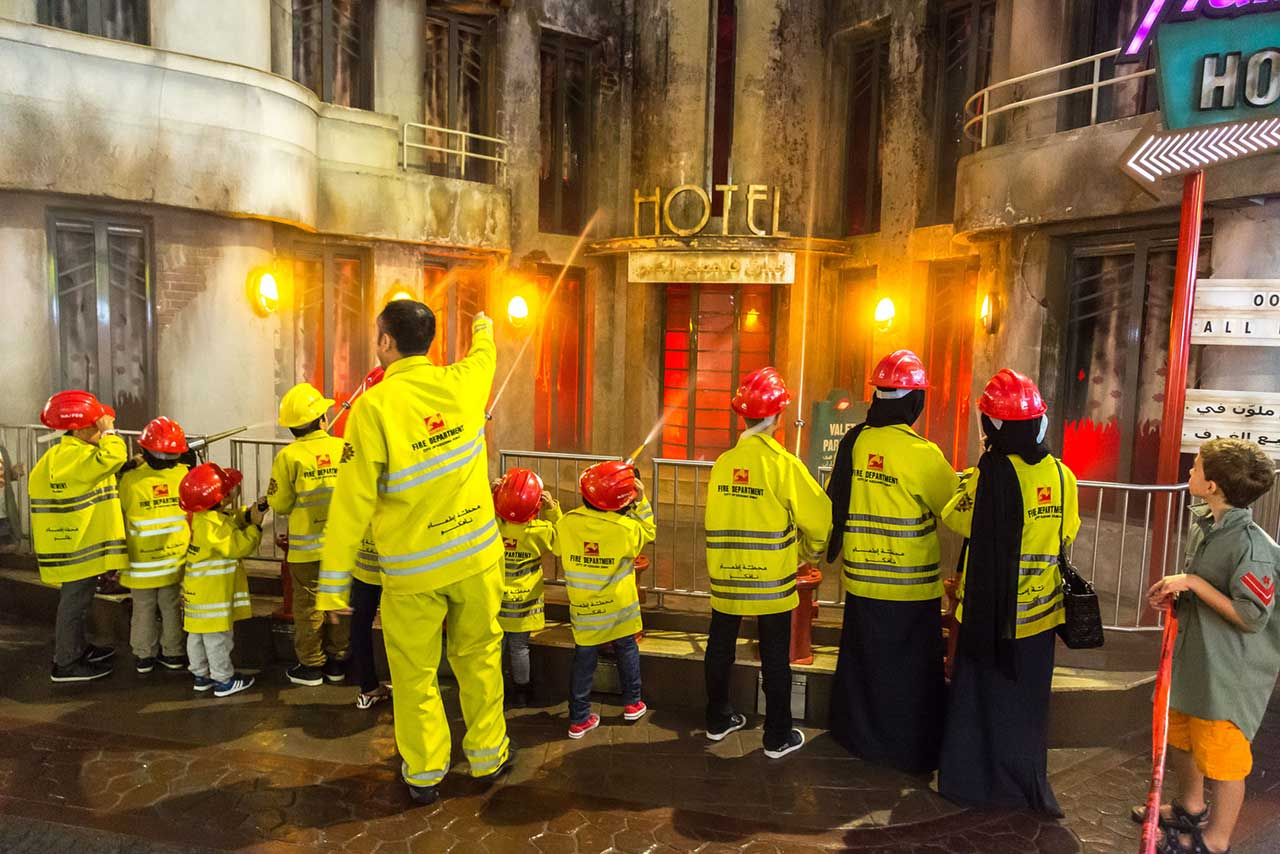 Role Playing Mini City Theme Park Kidzania Signs On At