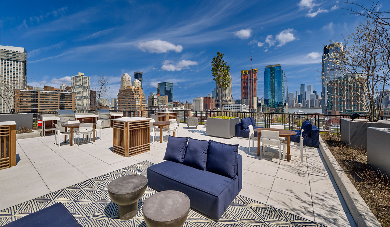 Lenox 207 Van Vorst Jersey City Roof Deck